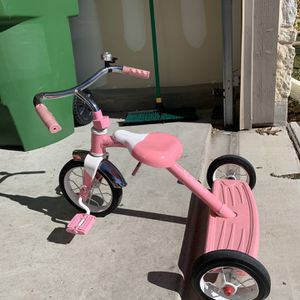 Girls Tricycle for Sale in Round Rock, TX