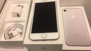 IPHONE 7 32GB FACTORY UNLOCKED EXCELLENT CONDITION!!! for Sale in Des Plaines, IL