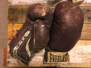 Vintage Boxing Gloves for Sale in Salisbury, MD