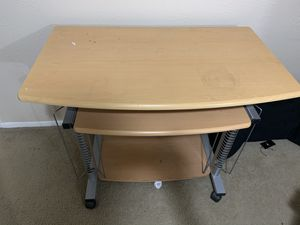 Computer table with chair for Sale in Farmers Branch, TX