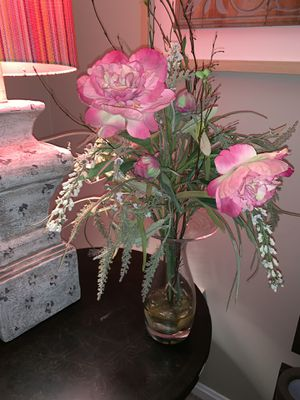 Flower vase for Sale in Sterling, VA