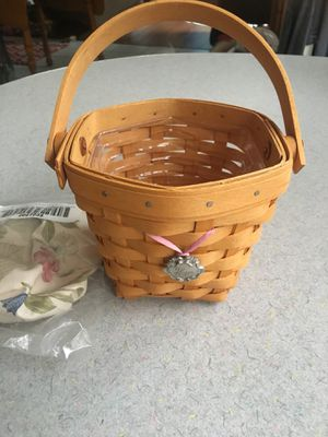 Longaberger Horizon of Hope breast cancer basket combo for Sale in Aurora, IL