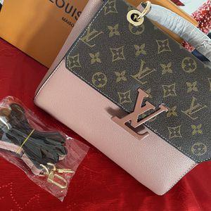 Leather Handbag for Sale in Lothian, MD