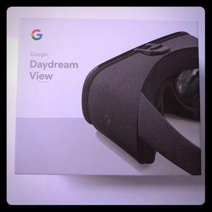 Google Daydream (2nd Generation) for Sale in Washington, DC