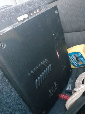 Two jl audio in box with amp for Sale in Denver, CO