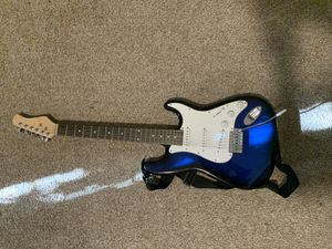 39 inch Full Size Electric Guitar for Sale in Bridgeport, CT