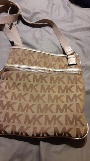 Authentic Michael Kors purse for Sale in Phoenix, AZ