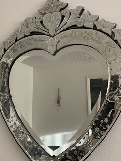 Vintage Venetian heart-shaped mirror for Sale in Los Angeles,  CA