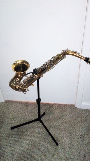 Selmer Bundy Alto Saxophone for Sale in Marble Falls, TX