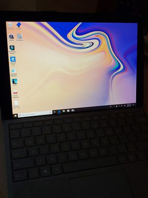Microsoft Surface Pro 5 for Sale in Naperville, IL
