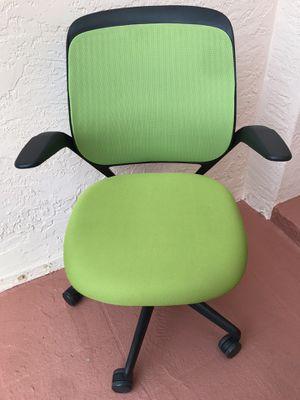 Steelcase cobi ergonomic office chair for Sale in Pembroke Pines, FL