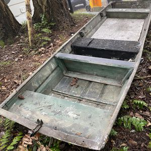 14ft Jon Boat for Sale in Tacoma, WA