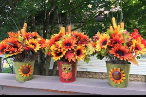 Flower pot trio 🌻 buy 1 for $14, 2 for $25 or all three for $36! for Sale in Pittsburgh, PA