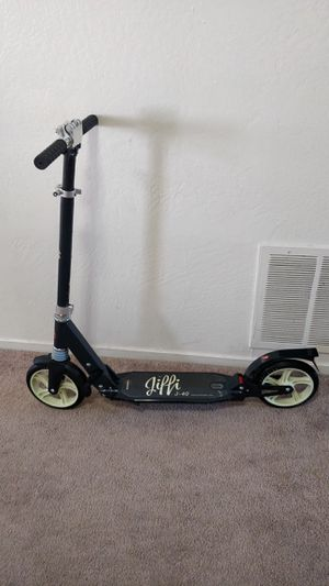 J-40 kick scooter for adults for Sale in Fremont, CA