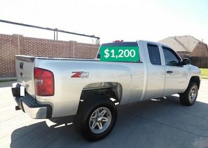 👑$1200 👑URGENT For sale📕 2011 Chevrolet Silverado,Very Clean!Clean Tittle!Runs and Drives great.Nice Family car!one owner!✍️ for Sale in Berkeley, CA