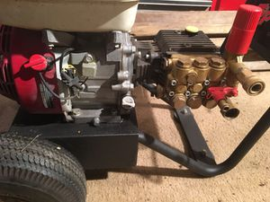 2700 psi Honda 6.5 hp reliable pressure washer for Sale in Westerville, OH