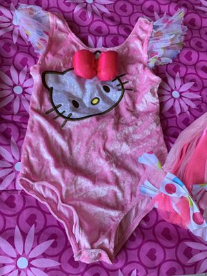 Hello Kitty Costume Size 4-6 for Sale in Las Vegas, NV