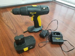 Trade pros cordless power drill works great 18v for Sale in Long Beach, CA