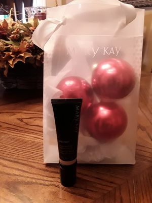 Mary Kay CC Cream Foundation Med- Deep - Brand New for Sale in West Covina, CA
