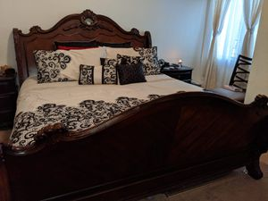king size bed with mattress's for Sale in Apache Junction, AZ