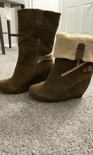Olive Green Nine West Faux Fur Boots for Sale in Silver Spring, MD