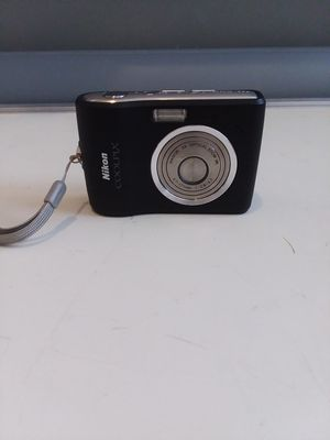 Nikon COOLPIX L15 8.0MP Digital Camera - Black With memory card 4GB. for Sale in Hyattsville, MD