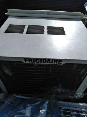 Frigidare air conditioner for Sale in Columbus, OH
