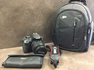 CANON EOS REBEL T4i - WITH 18-55mm KIT LENS + More for Sale in Whittier, CA