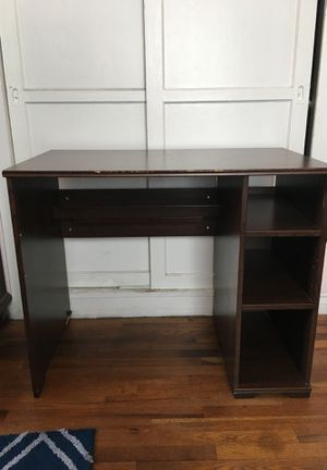 Desk for Sale in Torrance, CA