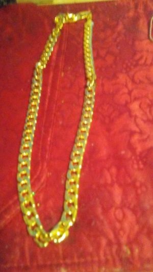 GOURGOUS GOLD PLATED CURB. CHAIN.. for Sale in Colorado Springs, CO