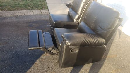 Recliner set for Sale in Groveport,  OH