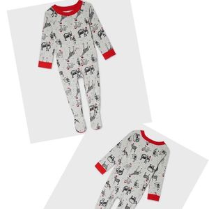 Safari Animal Print Baby Footed Pajama Size 3 -6 Months for Sale in Hesperia, CA