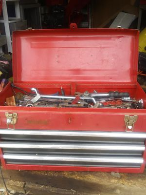BENCH TOP TOOL BOX for Sale in Columbus, OH