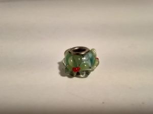 Authentic Vintage Pandora Bracelet Green Flower Charm for Sale in New Haven, CT
