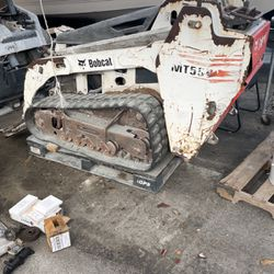 2006 Bobcat Mt55 Mini Skid steer Bad Engine for Sale in Hialeah,  FL