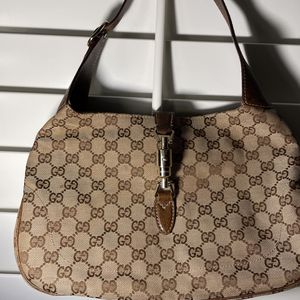 Gucci horsebit Chain Bobo Bag (authentic) for Sale in Los Angeles, CA