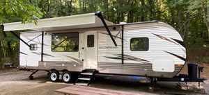2018 33' Wildwood travel trailer camper with slide and many upgrades for Sale in Joelton, TN