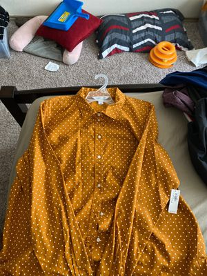 Old Navy Button down for Sale in Randolph Air Force Base, TX