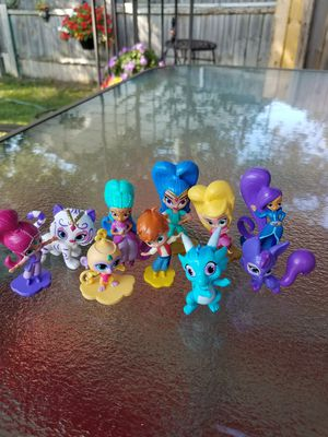 Shimmer and shine mini figures Lot 10 for Sale in Toledo, OH
