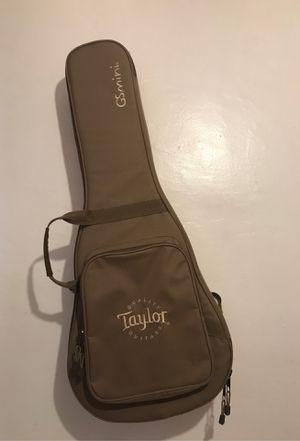 Taylor GSmini Hard Bag Acoustic Guitar Case Tan for Sale in Los Angeles, CA