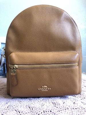 Coach Leather Medium Backpack for Sale in Buena Park, CA