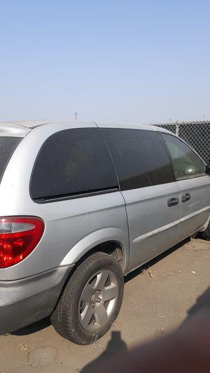 Dodge caravan 2001 for Sale in Stockton, CA