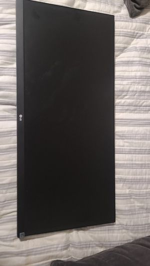 "29"" wide-screen LG monitor for Sale in Irwindale, CA"