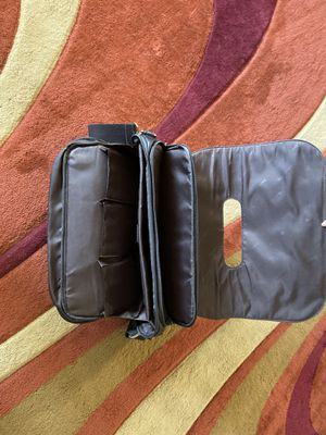 Samsonite Colombian Leather flap over messenger bag - Brown for Sale in Frisco, TX