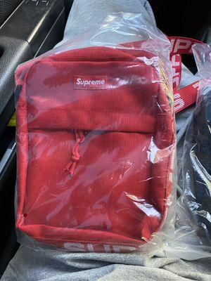 Supreme bag for Sale in Hayward, CA