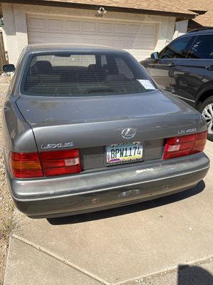 97 Lexus .. 2 owners .. has to go by the 20th.. needs a new starter .. I think for Sale in Gilbert, AZ