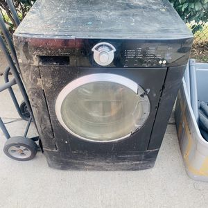 Free metal for Sale in Bell, CA