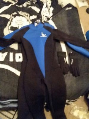 Men and woman's diver suits for Sale in Davenport, IA