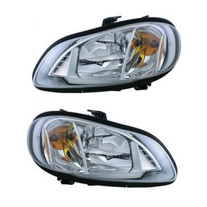 Freightliner M2 headlights Right or left for Sale in San Leandro, CA