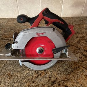 """MILWAUKEE 6 1/2 """" CIRCULAR SAW for Sale in Mission Viejo, CA"""